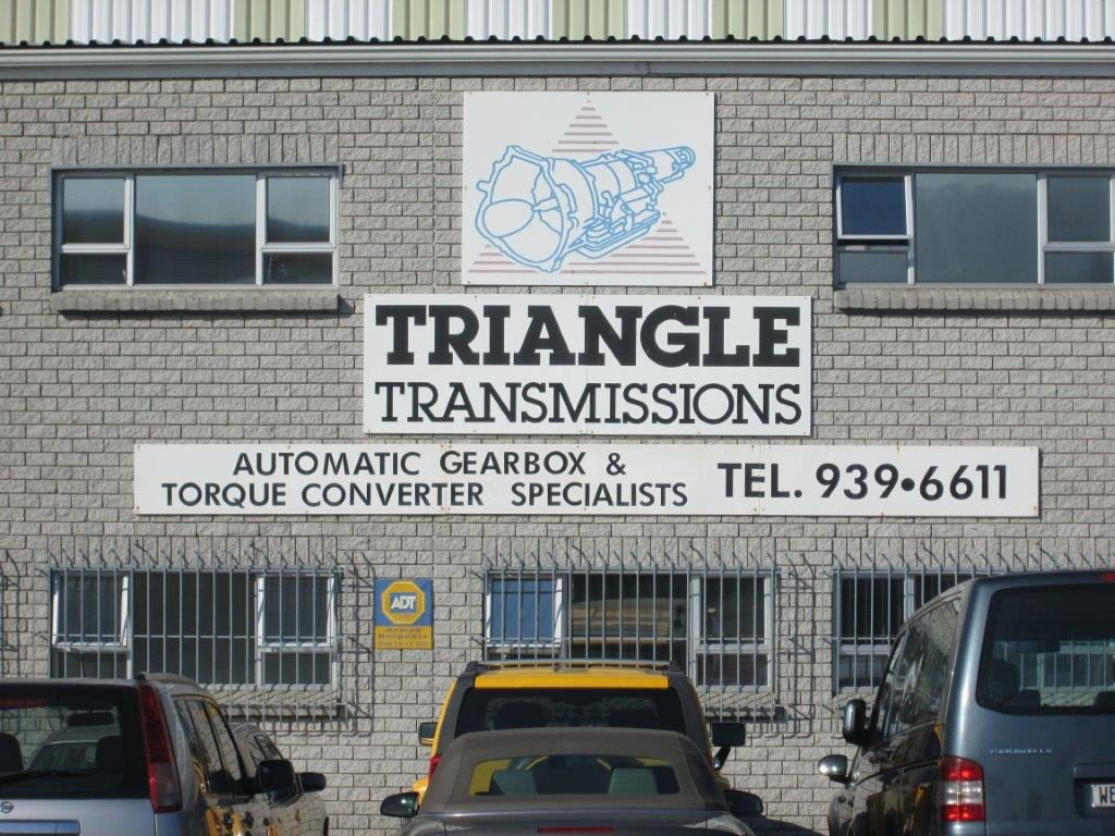 Triangle Transmissions Office_01